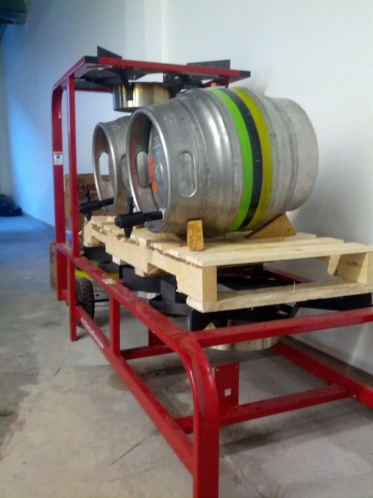 Casks on gravity tap