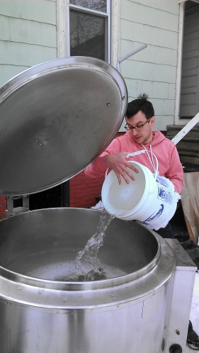 Chris from Groundwork adds some sap to the kettles